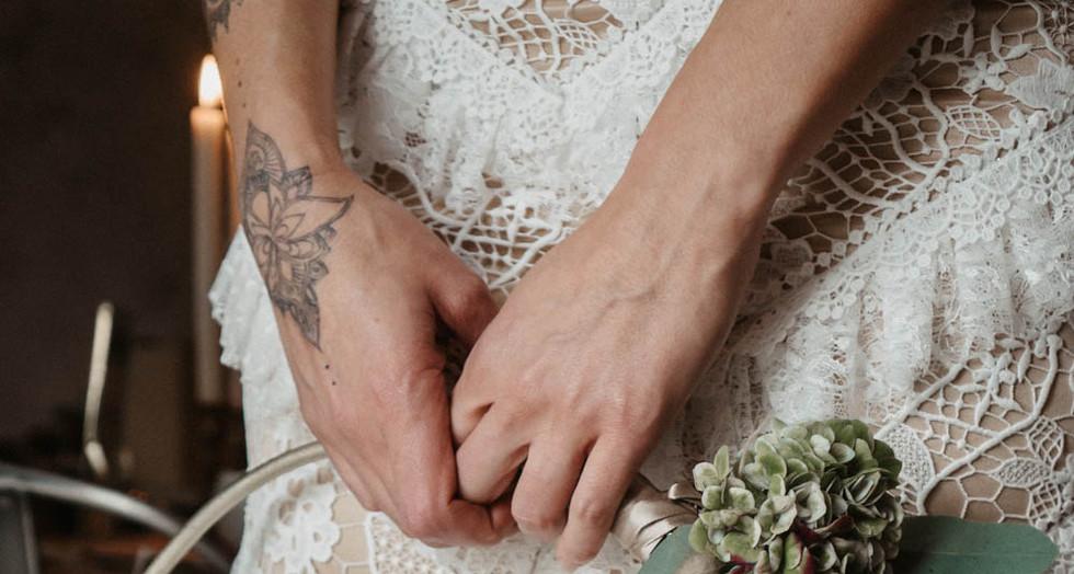 Boho Hochzeit mit ausergewöhnlichen Blumen