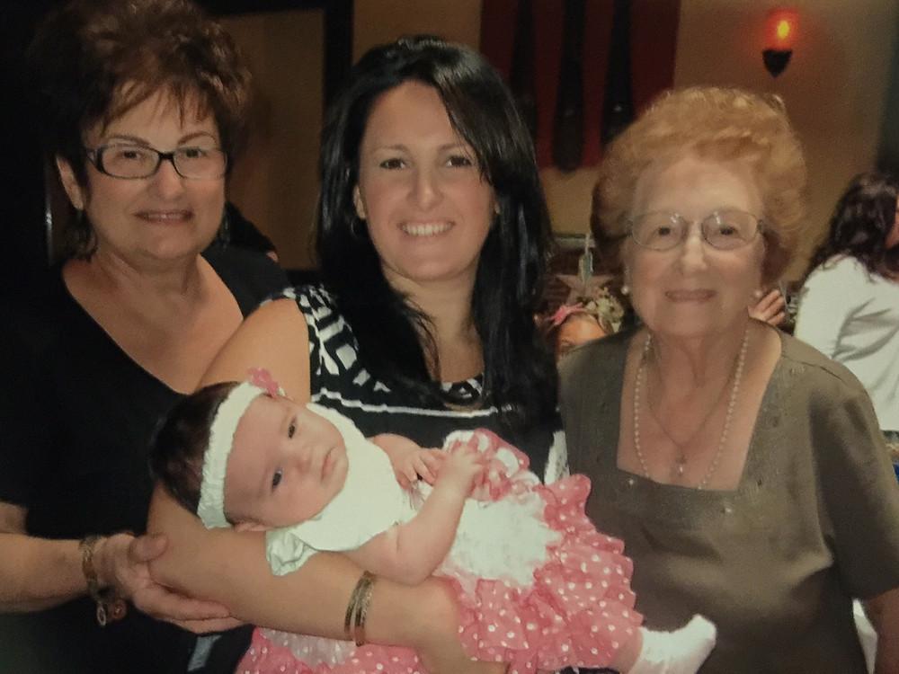 4 Generations of Moraes Women