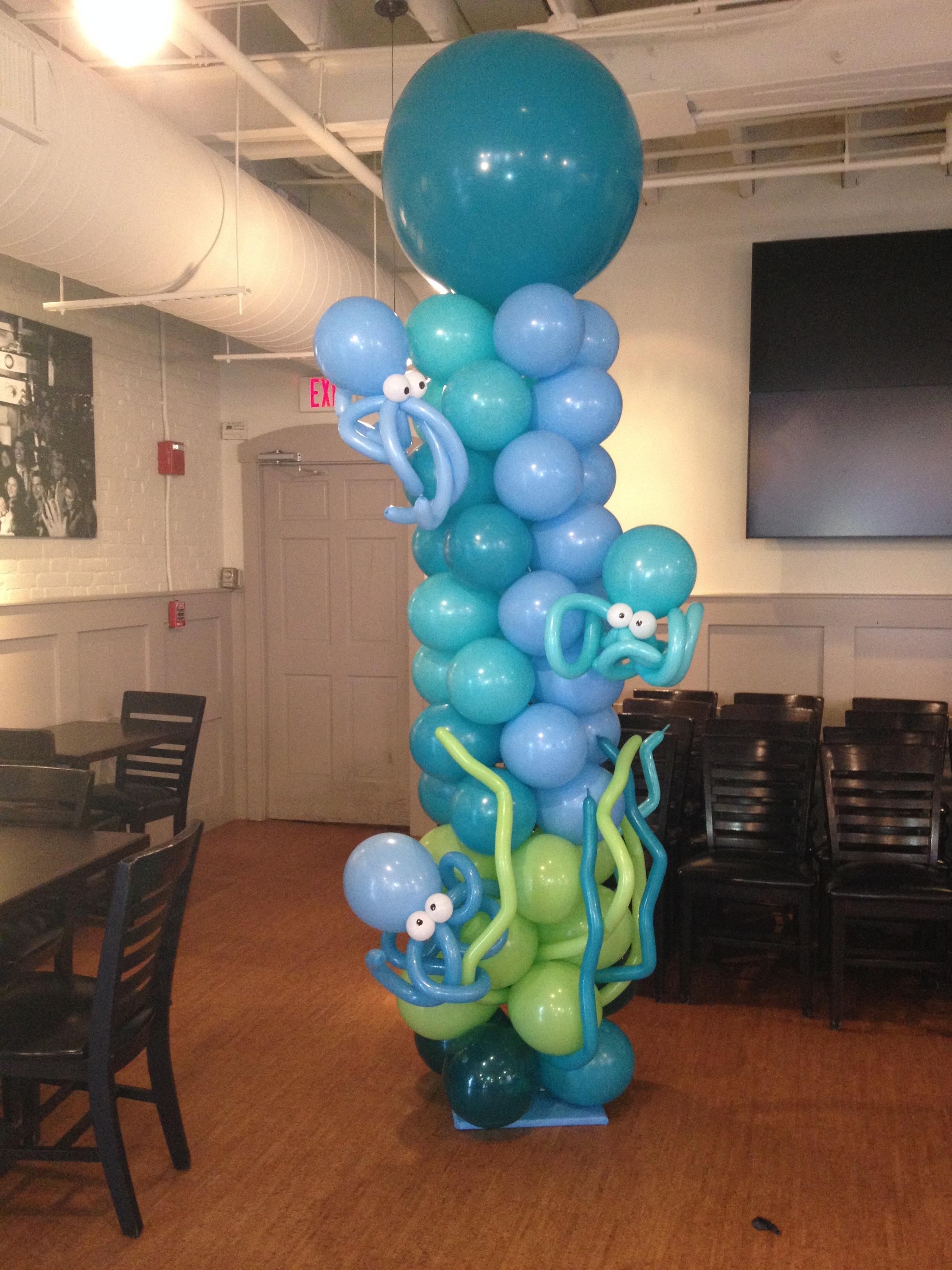 Octopus Them Balloon Column