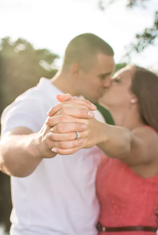 on-location engagement session