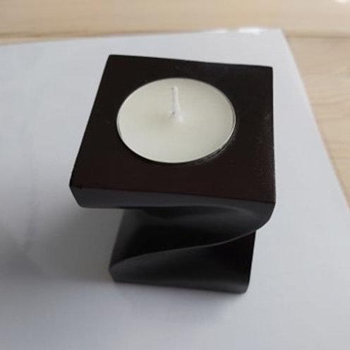 Bougeoir noir en forme ondoyante