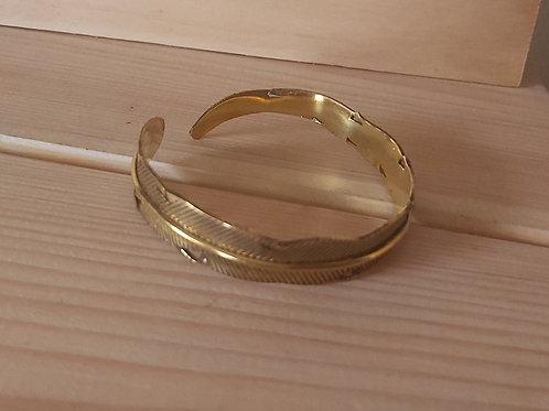 Bracelet feuille en métal doré