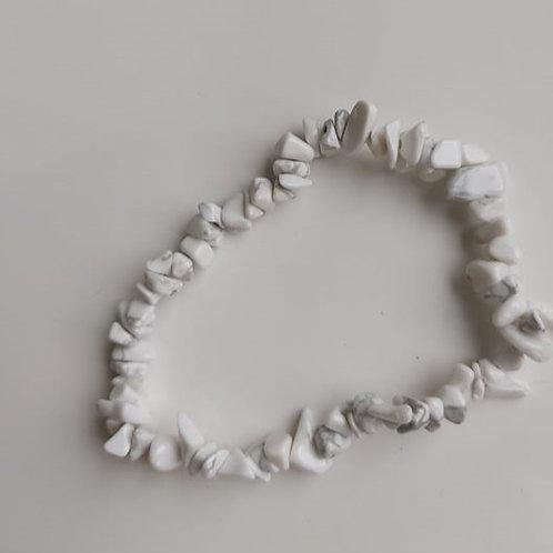Bracelet baroque en Howlite - Diamètre entre 4 et 8 mm