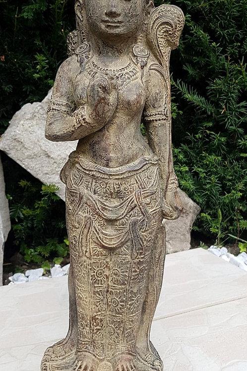 Statue en pierre de la déesse Dewi Sri