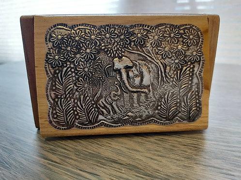 Boîte en bois et métal éléphant