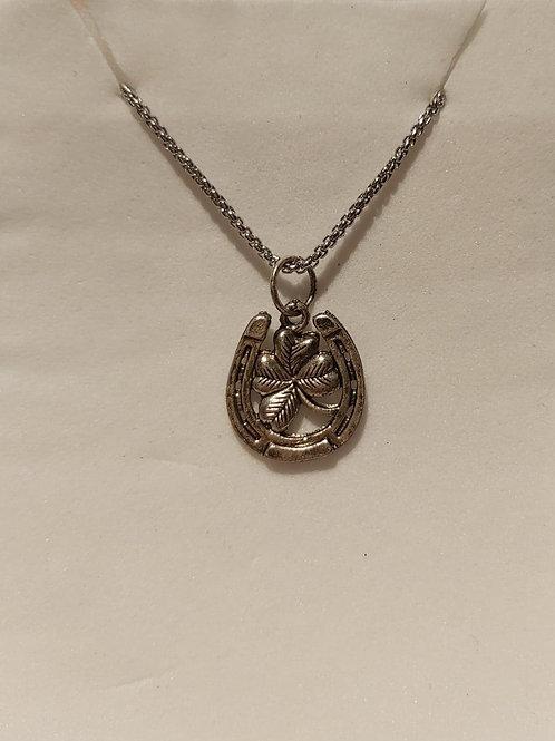 Amulette trèfle à 4 feuilles et fer à cheval