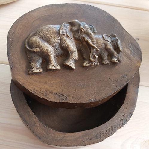 Boîte en bois éléphant