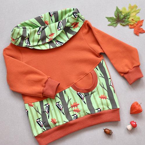 Sweatshirt mit Wickelkragen orange / grün mit Spechten