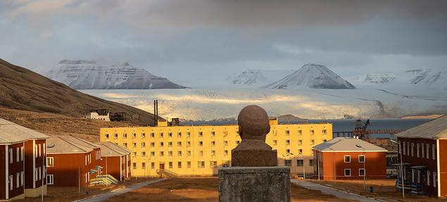 Lenin_Pyramiden