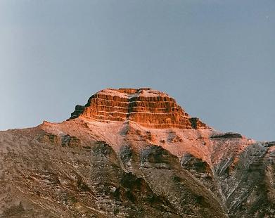 Pyramiden Mountain.jpg
