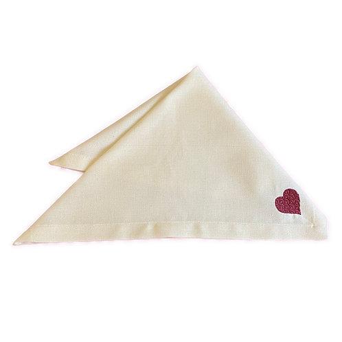 Guardanapo bordado Coração Marsala