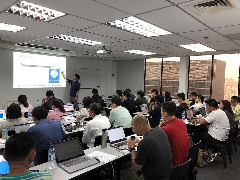 Google-Analytics-Training-Course.jpg