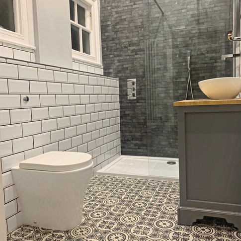 Bathroom 4c_edited.jpg