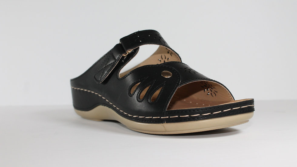 Ladies' Italian Stefania Sandals
