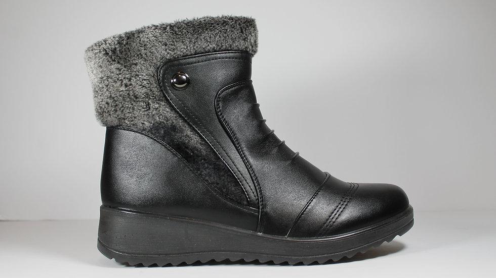 Vangelo Ladies' Fur-Trimmed Boot 7553