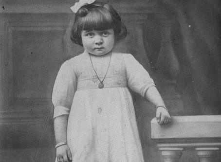Andrée THOREZ, triste exemple de la mortalité infantile au XXe siècle.