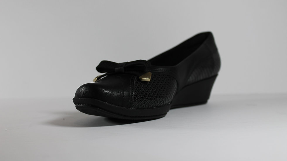 Piccadilly Stretch Side Wedge with Bow