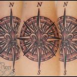 Compass Fleur-de-lis