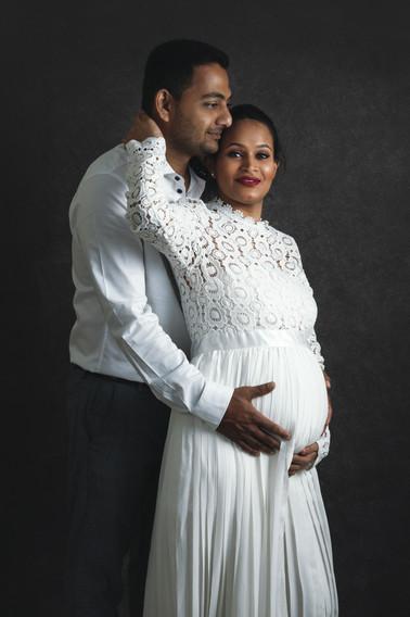 Couple maternity.jpg