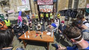 Les grèves de la faim des «sans-papiers» dans nos universités (2009-2021)