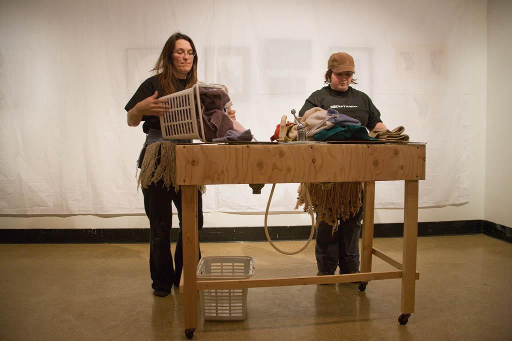 Housework | Laundry Dance