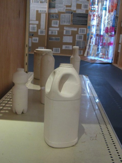 Casts of beverage containers