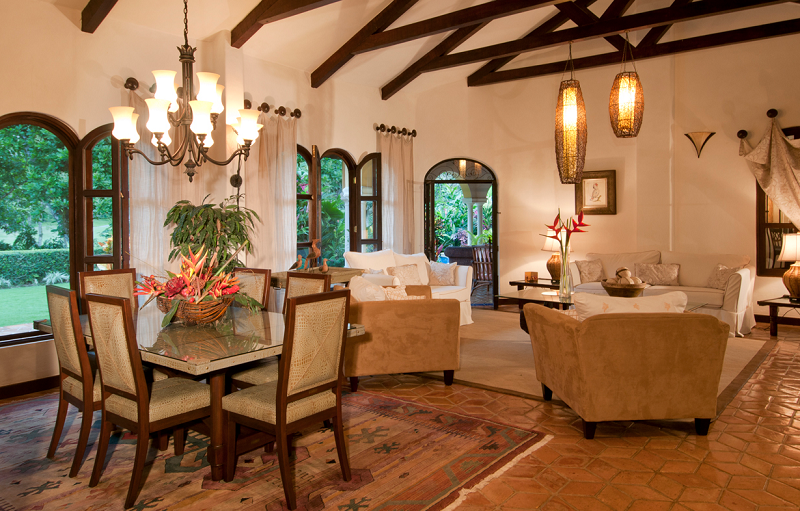 Casa Campana Dining Room And Living Room 2