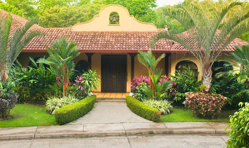 Casa Campana Main Entrance 2