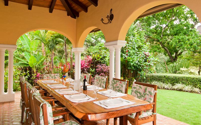 Casa Campana Terrace Dining Area