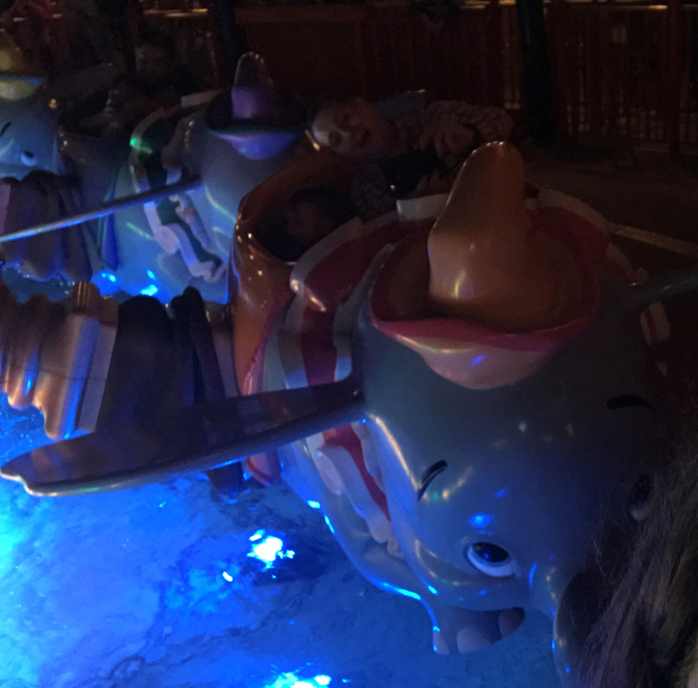 Dumbo ride at night