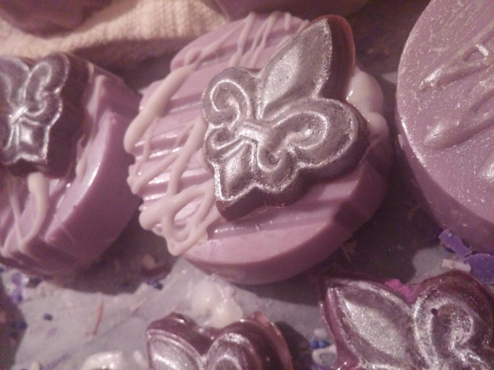 Fleur de Lis Oreo Cookies