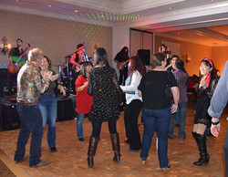 SCP member dance the night away