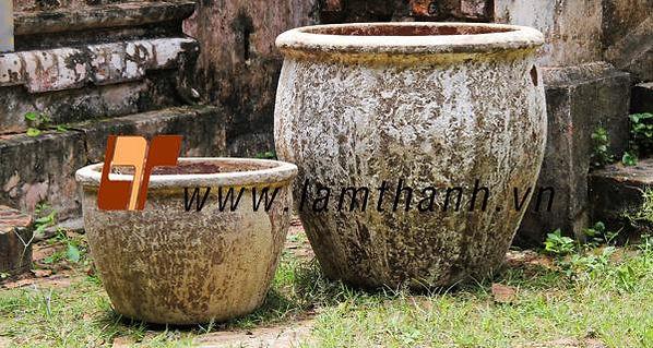 Pottery pots (1).jpg