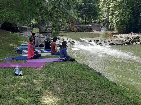 Yoga Izpia: séances en extérieur!