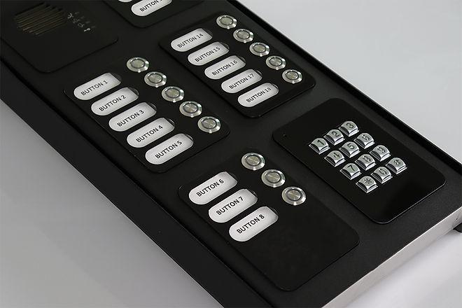 18 button WEB.jpg