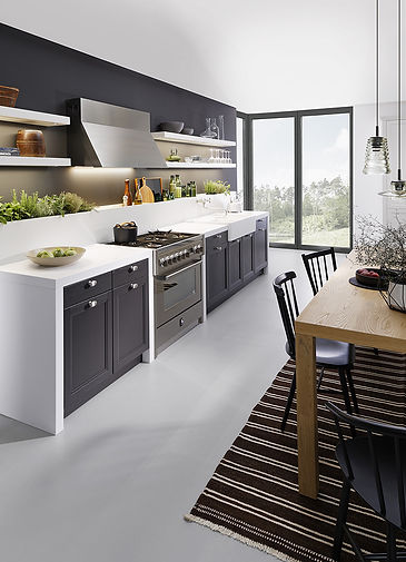 Traditional German kitchen styles by LEICHT.