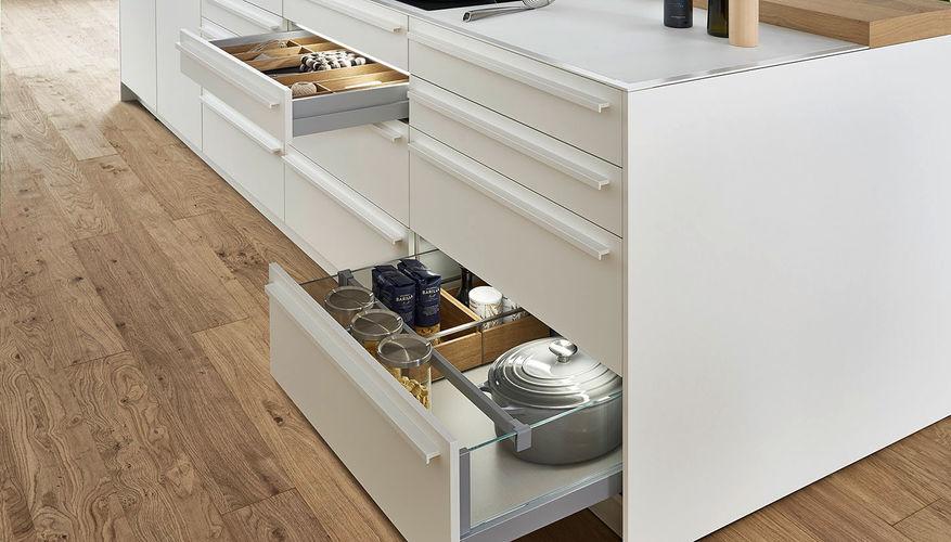 Bondi_E_Xylo_cabinet-drawer.jpg