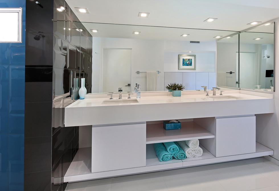 Palm Springs Bath Remodel