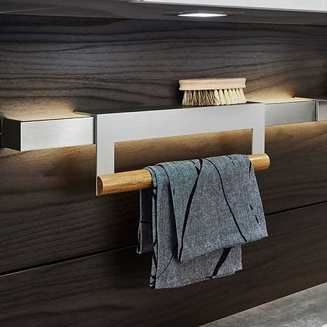 From handleless cabinet doors to unique storage and undercabinet lighting, you won't sacrifice function for design.