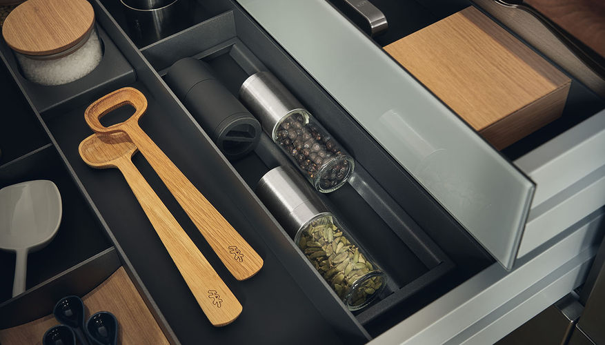 Steel_Classic_Topos_Jnterior-drawer.jpg