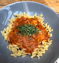 De lekkerste romige tomatensaus.. met verborgen groenten! (KIDSPROOF/Glutenvrij/Vegan/Exorfinevrij)