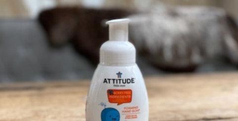 Foaming hand soap pompje sparkling fun Attitude
