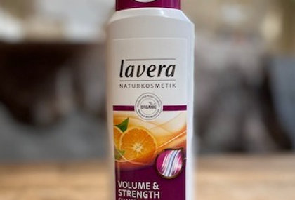 Shampoo volume & strength Lavera