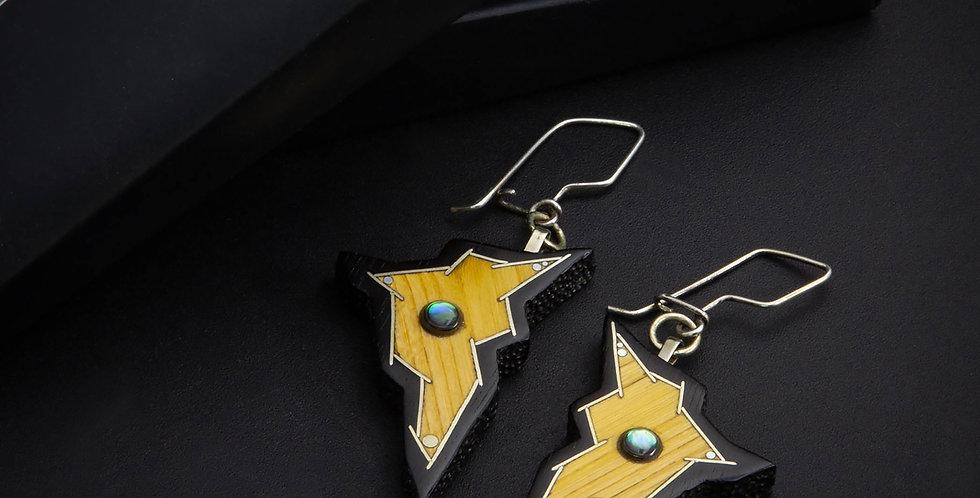 Необычные яркие серьги с натуральными камнями / Bright design geometric earrings