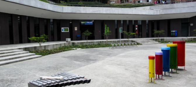 Biblioteca El Poblado un espacio para disfrutar de multíples formas