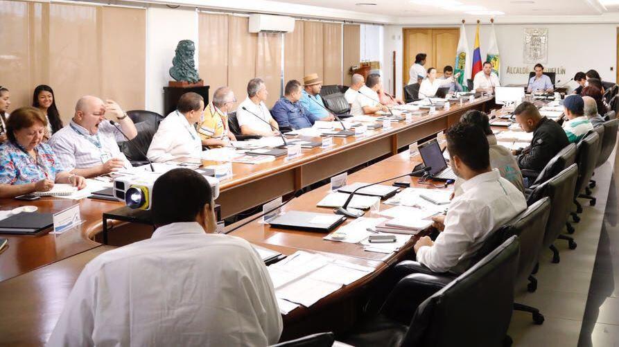 Encuentro de los 21 representantes de las JAL con el alcalde de Medellín, Federico Gutiérrez Zuluaga.