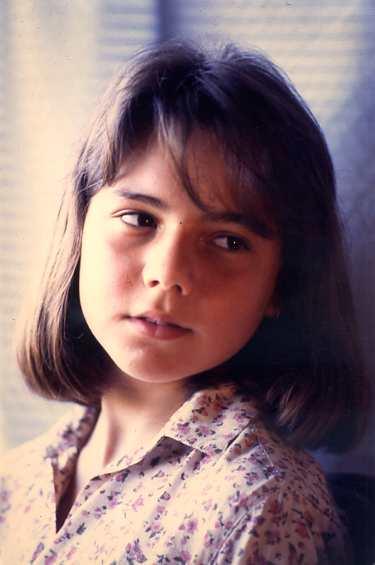 Desconocido-nombre089 Sandra, madre Carmen tienda.jpg