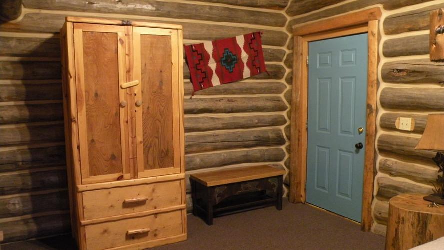 Cabin 1 wardrobe