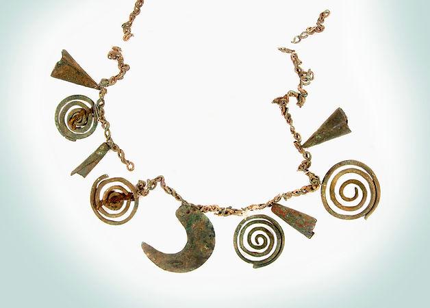 symbols-necklace-w:color-web.jpg