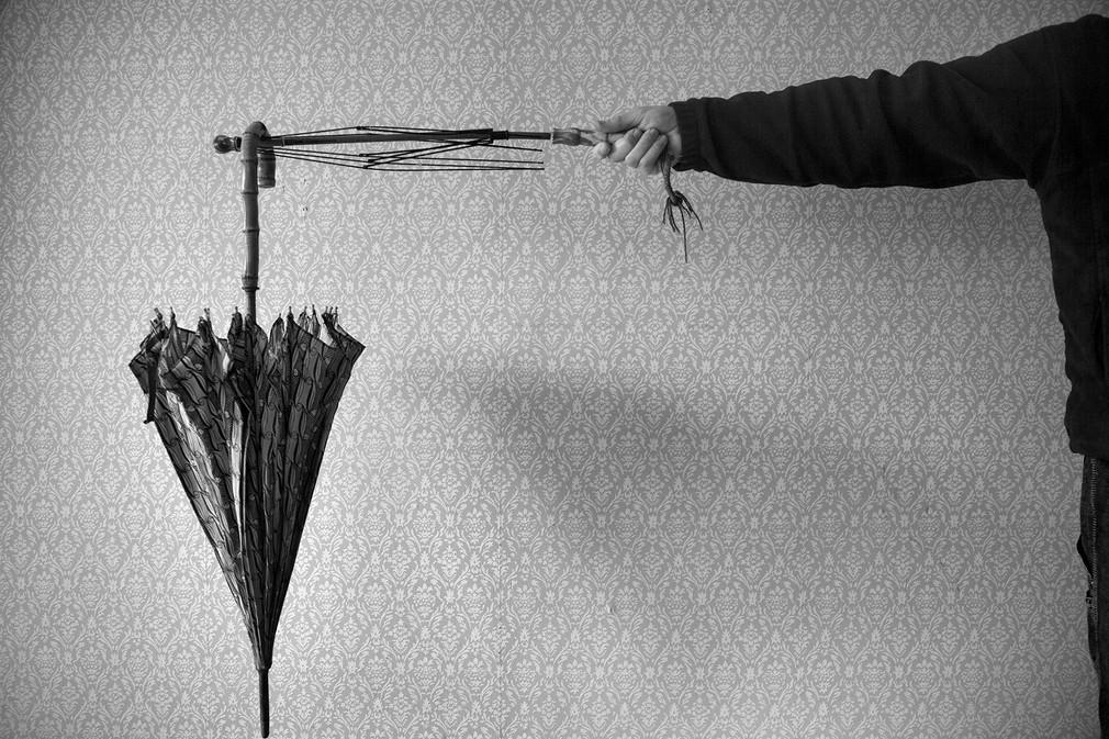gen-wallpaper-umbrella.jpg